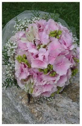SV1 - Svadobná kytička z hortenzie